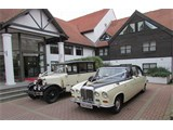 Lauras Vintage Limousines & Wedding Cars
