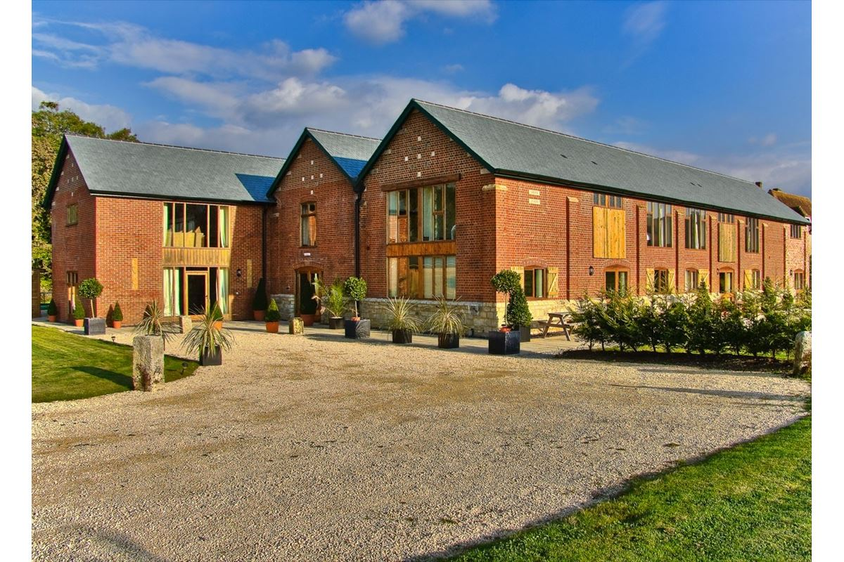 The Victorian Barn, Self Catering Holidays, Corporate & Wedding Venue
